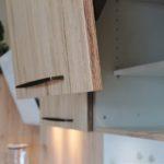 Faltklappenschrank Alteiche Sand in Ausstellung in Vilseck